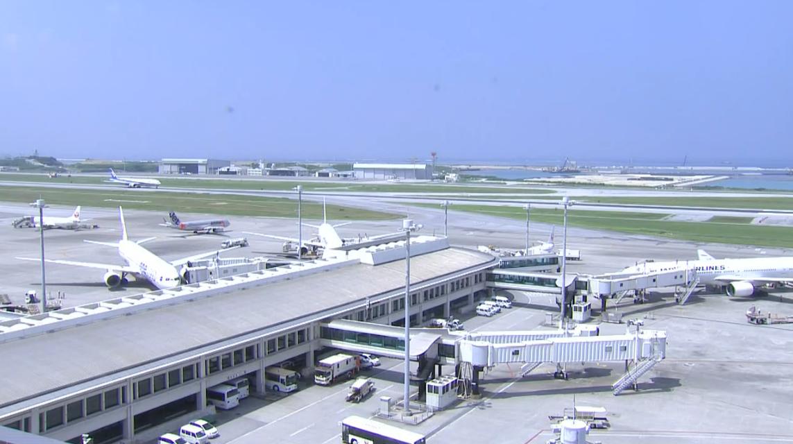 QAB那覇空港ライブカメラは、沖縄県那覇市鏡水の那覇空港に設置された滑走路・駐機場が見えるライブカメラです。
