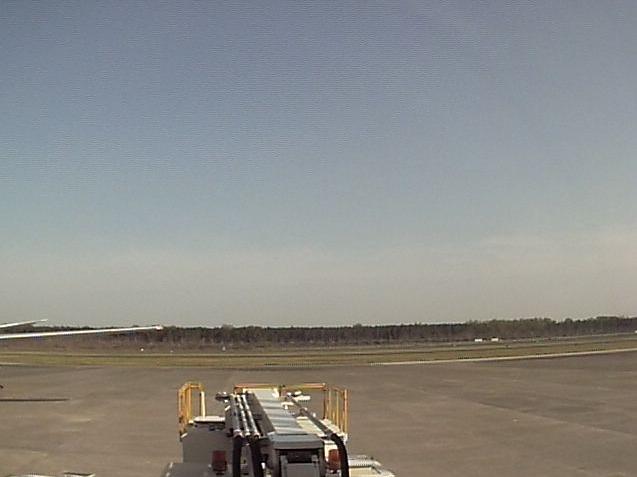 JAL熊本空港から空港滑走路・駐機場