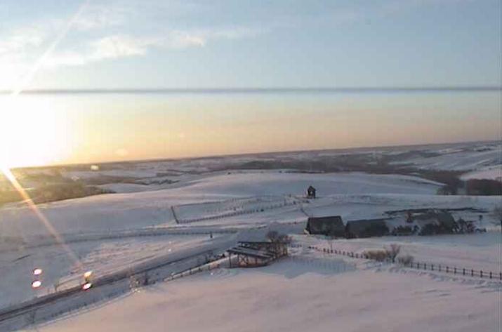 多和平展望台から標茶町営育成牧場・摩周岳・西別岳