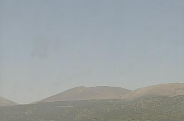 新燃岳から霧島山