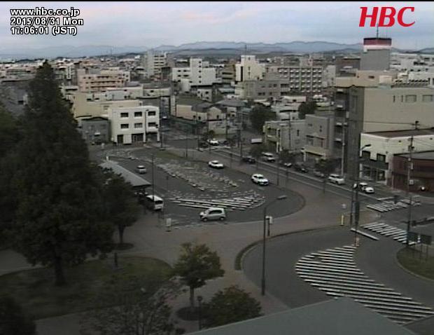 岩見沢市自治体ネットワークセンター屋上からJR岩見沢駅中央口前