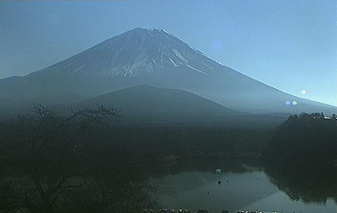 山田屋ホテルから子抱き富士(富士山)・精進湖
