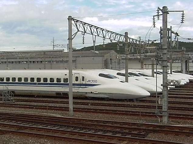 博多総合車両所岡山支所から新幹線
