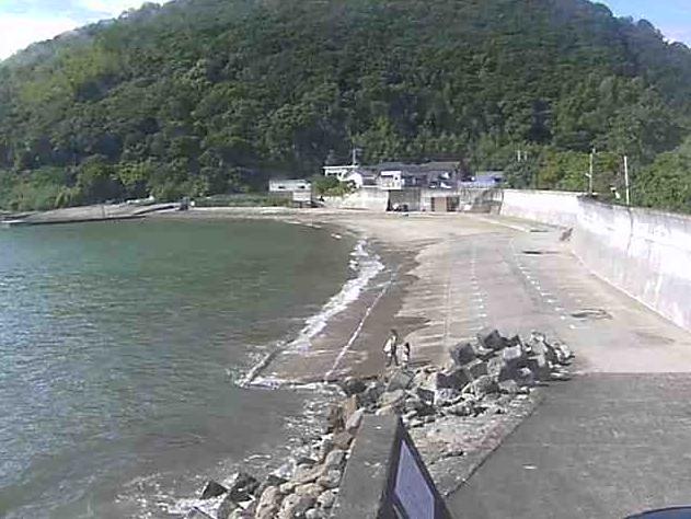 産湯川水門から小富士・阿尾漁港・船揚げ場・産湯海岸北側・水門