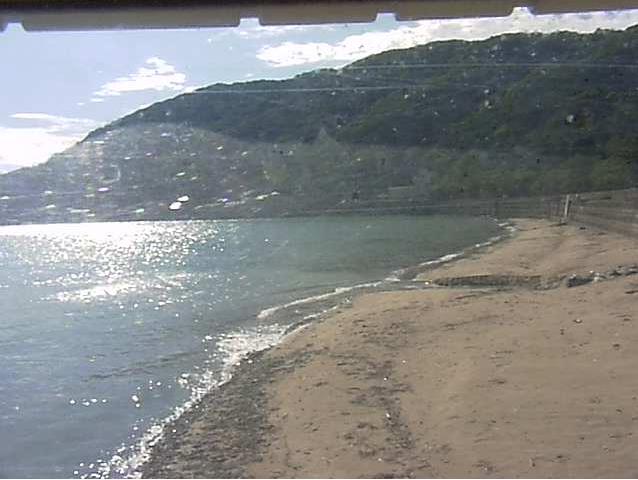 小浦川水門から小浦海岸