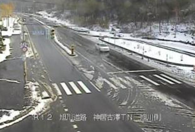神居古潭トンネル旭川側から国道12号