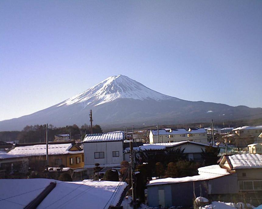 富士河口湖町勝山から富士山