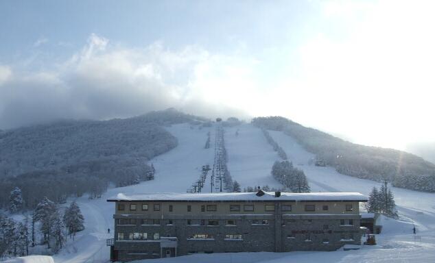 ホテル銀嶺から志賀高原高天ヶ原マンモススキー場