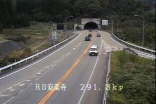 国道8号安楽寺ライブカメラ(富山県小矢部市安楽寺)