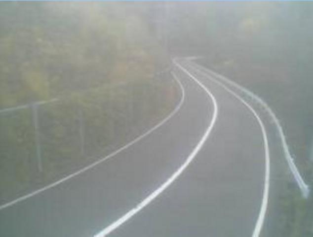 辰巳峠から国道482号