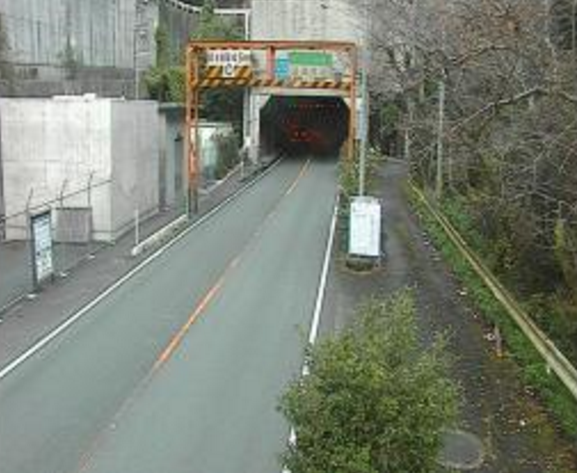 夜昼トンネル八幡浜市側から国道197号