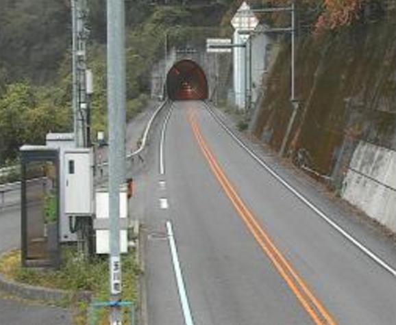 水ヶ峠トンネル今治市側から国道317号