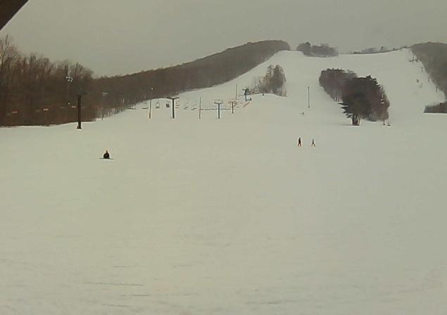 泉ヶ岳パラグライダースクールから泉ヶ岳スキー場