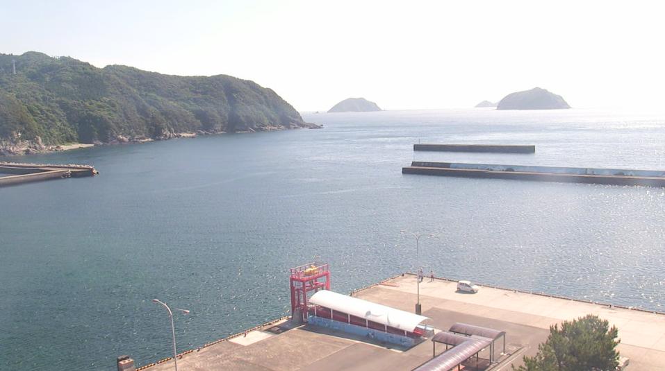 甑島館から里港・きんしゅう発着所が見えるライブカメラ。