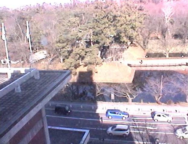 弘前市役所から弘前公園追手門付近