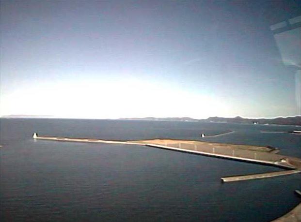 青森県観光物産館アスパム8Fから青い海公園東側