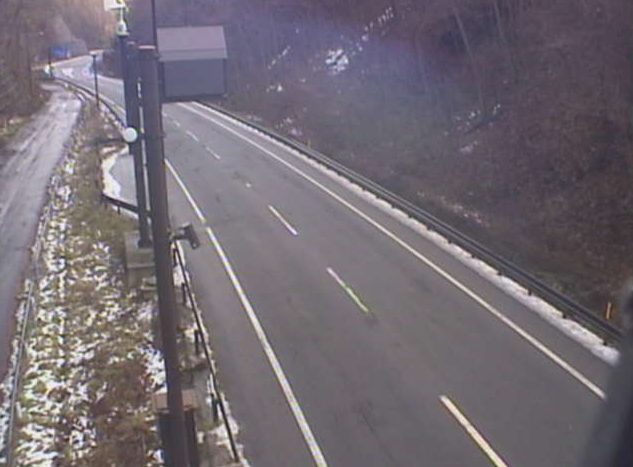 早坂トンネル岩泉側から国道455号(盛岡から岩泉方面)