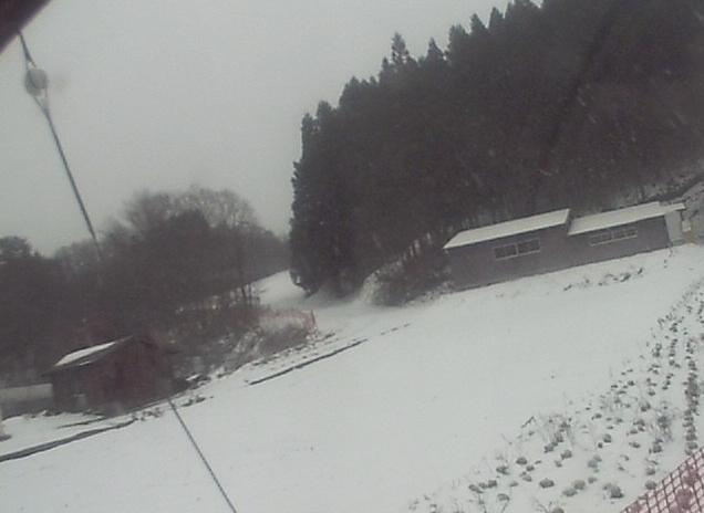 三井野原スキー場奥の谷ゲレンデ