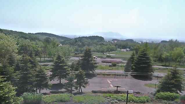 道立道南四季の杜公園から津軽海峡・函館市街