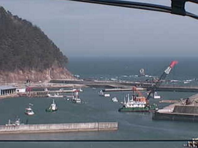 久喜地区漁業集落排水処理施設から久喜漁港