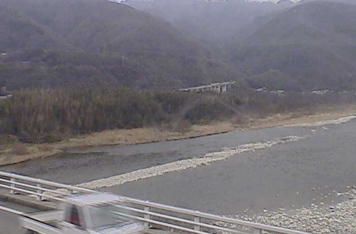 三三大橋から吉野川