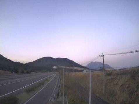 天間バスストップ(天間BS)から大分自動車道(大分道)・由布岳・伽藍岳
