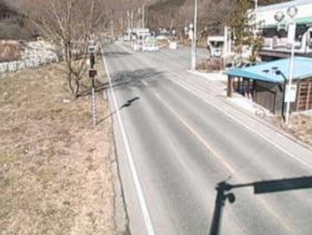 国道291号湯檜曽ライブカメラは、群馬県みなかみ町湯桧曽の湯檜曽に設置された国道291号が見えるライブカメラです。
