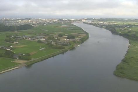 新那珂川大橋から那珂川が見えるライブカメラ。