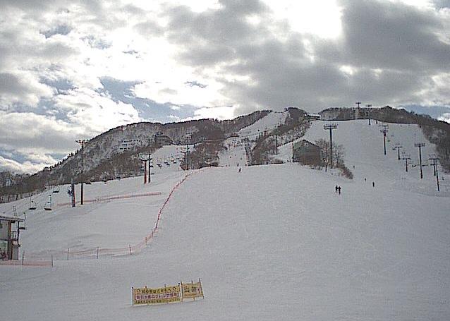 石打丸山スキー場グリーンパラダイスゲレンデ