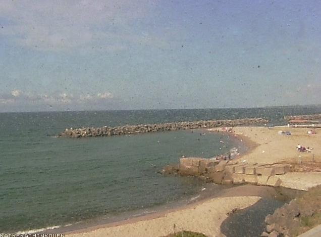 皆生海浜公園皆生海岸ライブカメラは、鳥取県米子市皆生温泉の皆生海浜公園に設置された皆生海岸が見えるライブカメラです。