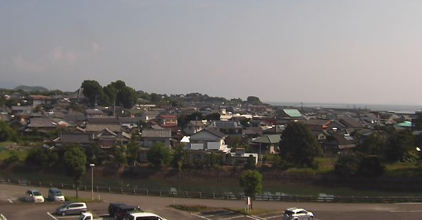 天草市役所五和支所五和地区ライブカメラは、熊本県天草市五和町の天草市役所五和支所に設置された五和地区が見えるライブカメラです。