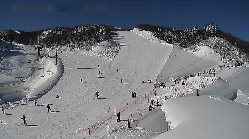 ガーラ湯沢スキー場中央エリアジジコースライブカメラ(新潟県湯沢町湯沢)