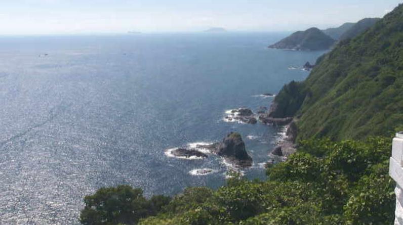 経ヶ岬灯台ライブカメラ(京都府京丹後市丹後町)