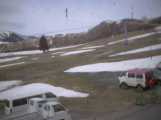 ホテルやまとよからハチ高原スキー場中腹
