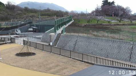 花鳥山一本杉公園(花鳥山展望台)から一本杉・展望台駐車場