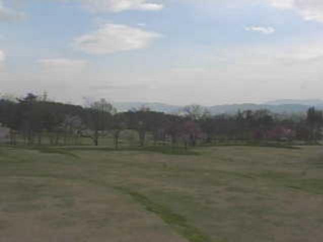 国営アルプスあづみの公園(堀金・穂高地区)段々原っぱから北アルプス常念岳