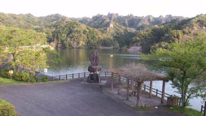 並石ダムからダム湖・桜・紅葉