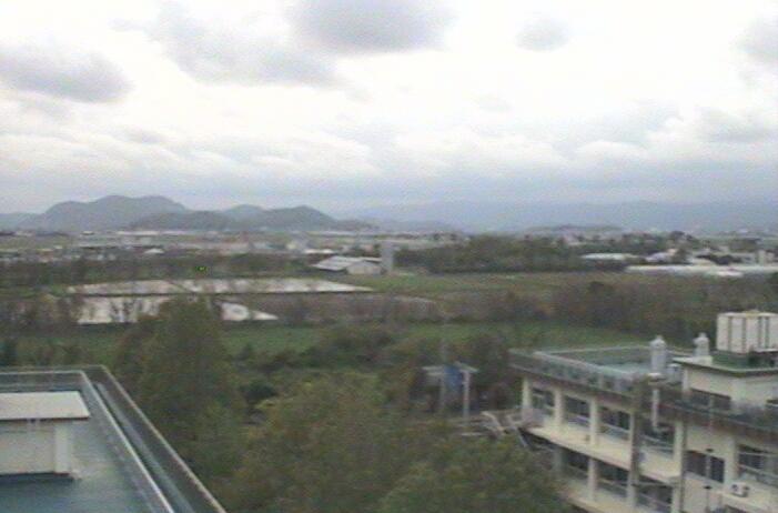 高知工業高等専門学校電気情報工学科棟屋上タワーから高知上空