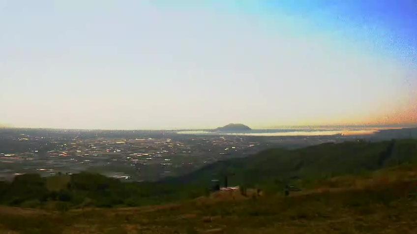 きじひき高原パノラマ眺望台から新幹線・函館湾が見えるライブカメラ