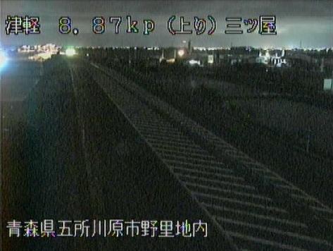 津軽三ツ屋から津軽自動車道(津軽道)が見えるライブカメラ。