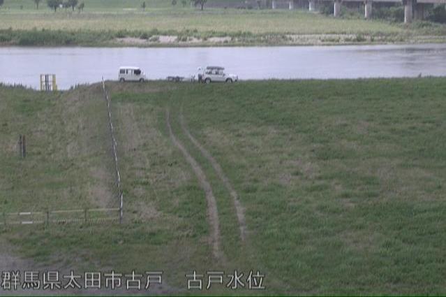 利根川古戸水位観測所ライブカメラは、群馬県太田市古戸町の古戸水位観測所に設置された利根川が見えるライブカメラです。