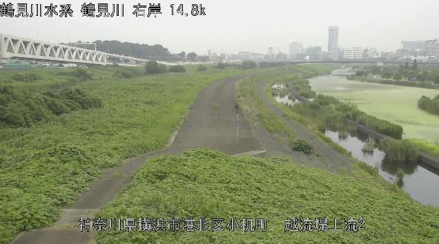 神奈川県横浜市港北区の鶴見川多目的遊水地に設置された鶴見川が見えるライブカメラです。