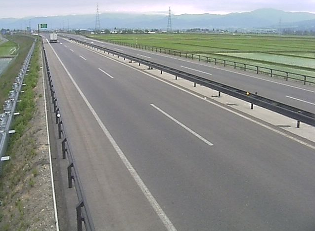 湯川北インターチェンジ(湯川北IC)から会津縦貫北道路(国道121号)が見えるライブカメラ。