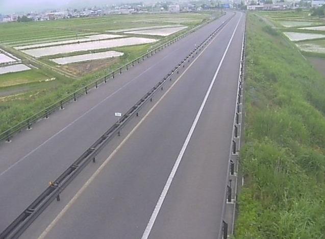 喜多方インターチェンジ(喜多方IC)から会津縦貫北道路(国道121号)が見えるライブカメラ。