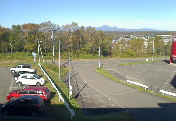 ヤックネット中標津町ライブカメラは、北海道中標津町の雨宮印刷に設置された中標津内が見えるライブカメラです。