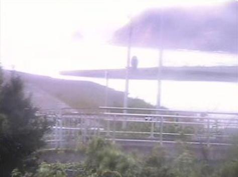 千鹿浦公園南部川河口ライブカメラは、和歌山県みなべ町山内の千鹿浦公園に設置された南部川河口・南部川河川敷・古川・南部大橋橋脚・小目津・高浜・高田山が見えるライブカメラです。