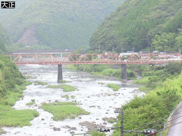 四万十川大正ライブカメラは、高知県四万十町の大正に設置された四万十川が見えるライブカメラです。