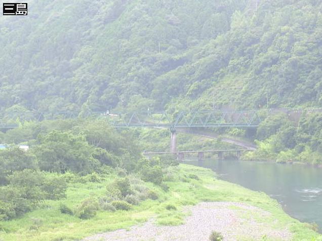 四万十川三島ライブカメラは、高知県四万十町昭和の三島に設置された四万十川が見えるライブカメラです。