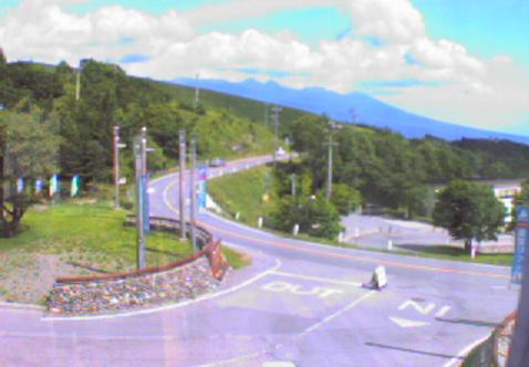 車山高原スカイパークビーナスラインライブカメラは、長野県茅野市北山の車山高原に設置されたビーナスラインが見えるライブカメラです。