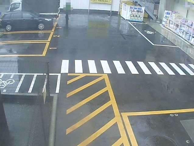 NTTルパルクぱぱす明石町店駐車場ライブカメラは、東京都中央区明石町のNTTルパルクぱぱす明石町店駐車場に設置されたコインパーキングが見えるライブカメラです。